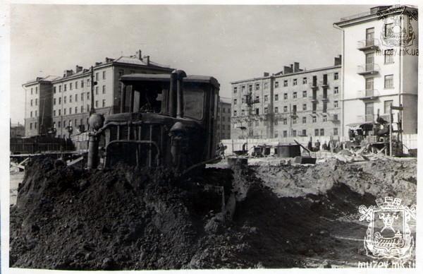 Улица Лягина, вид из двора проспект Ленина 71, 71-а