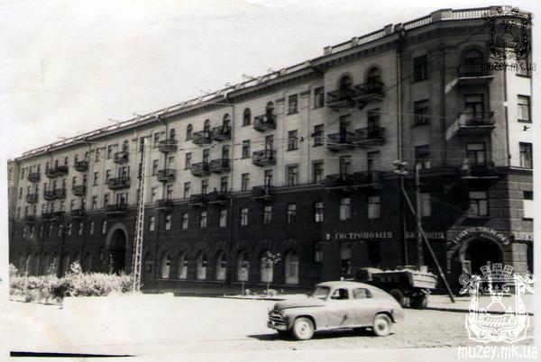 Проспект Ленина угол Декабристов