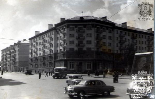 Угол Советской и проспекта Ленина