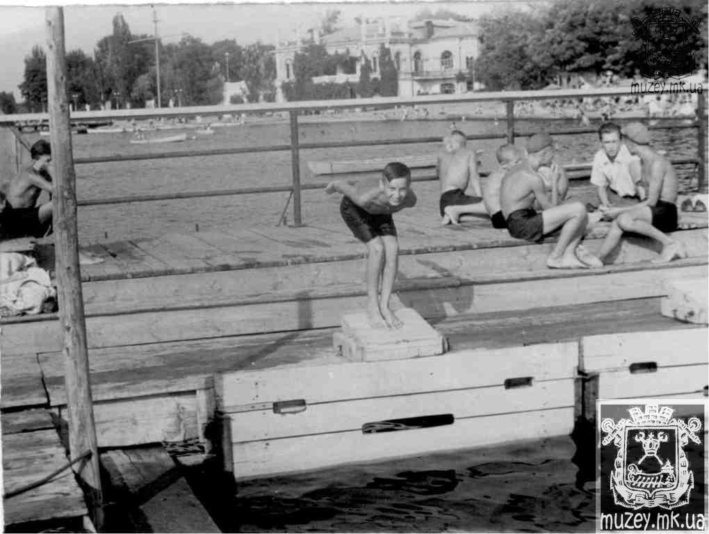 Детская водная станция в яхт-клубе