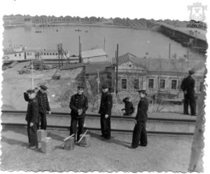 Верхняя набережная с заводской железной дорогой, 50-е
