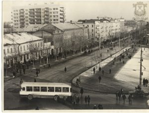 угол Советской и проспекта Ленина, 70-е