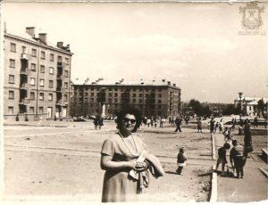 Площадь возле Дворца Судостроителей, 60-е